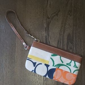 Fun Fashion Patchwork Wristlet Clutch Bag